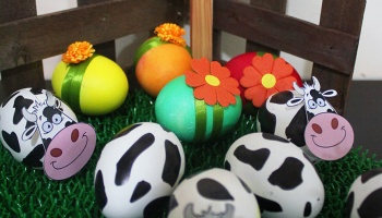 Frogs easter eggs diy marmite et ponpon creative easter eggs the farm diy negle Image collections