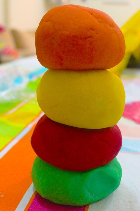 Diy homemade playdough pate a modeler kids safe recipe for Homemade marmite recipe