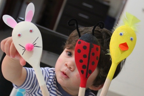 aspring/easter crafts - wooden spoon puppet