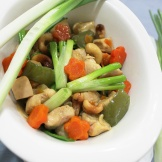 thai stir fried chicken cashew nut