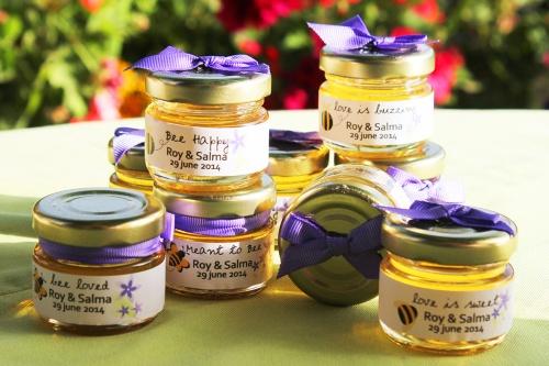 honey pots- wedding favor