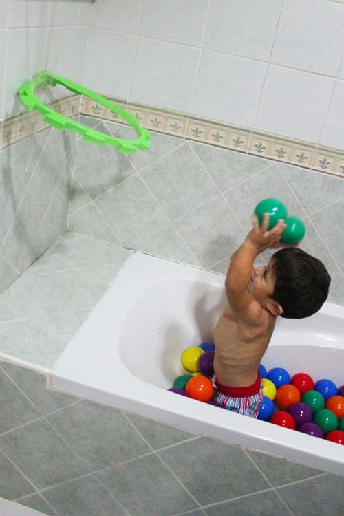 bathtub basketball