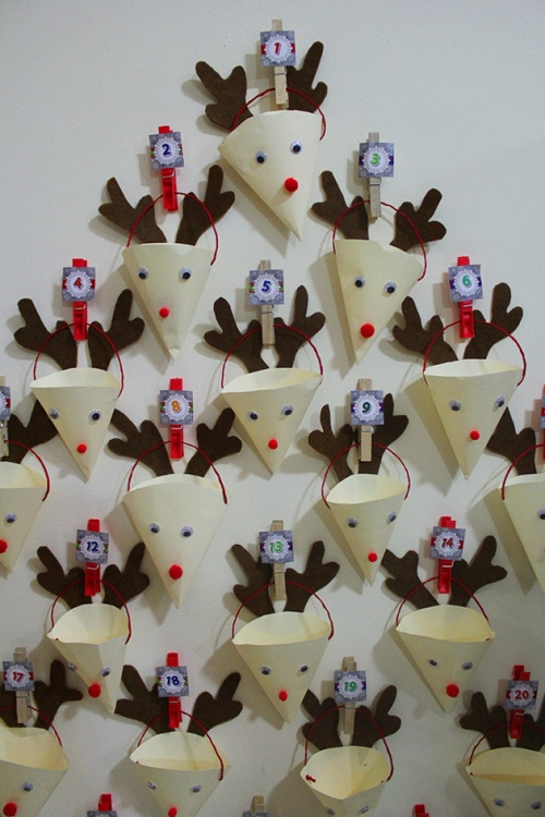 advent calendar - reindeers