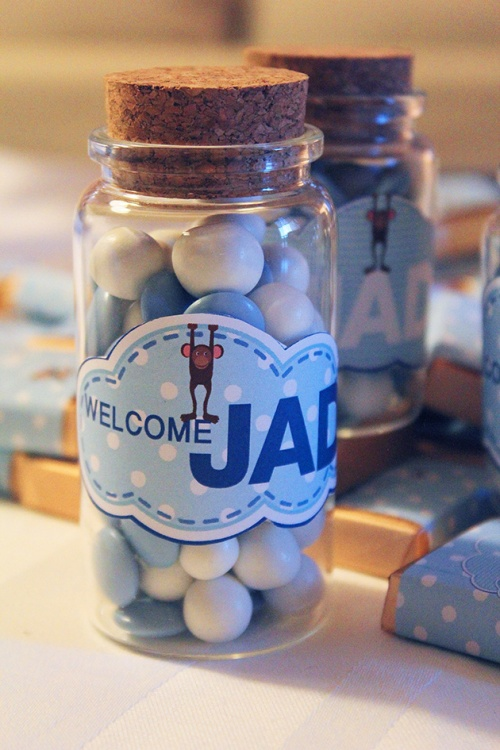 candies bottle favor