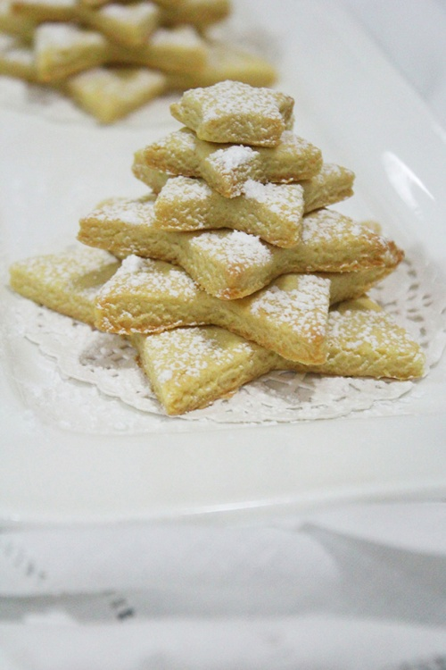 christmas shortbread cookie