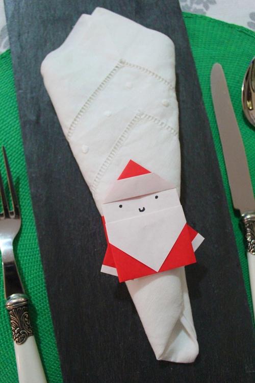 origami-santa napkin ring
