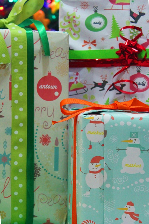 personalized wrapping paper all