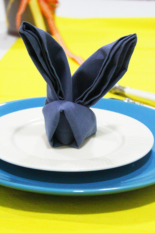 Special occasions marmite et ponpon - Fold bunny shaped napkin ...