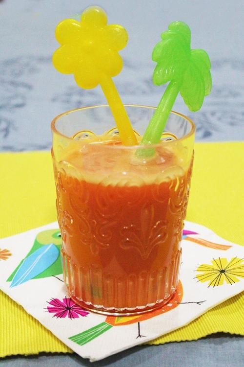 carrot banana mandarine smoothie
