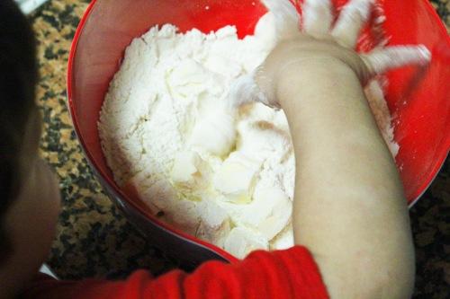 flour and butter cubes