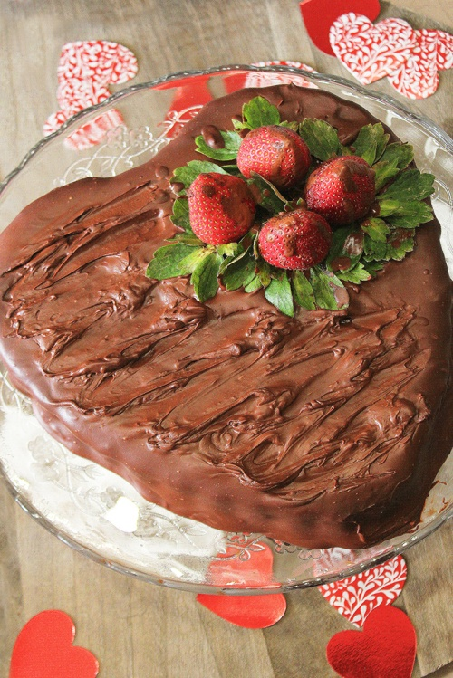 chocolate strawberry cake 4