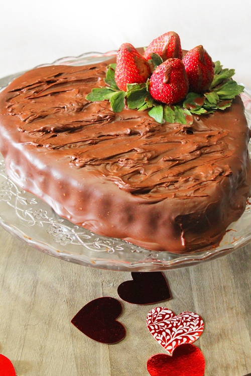 chocolate strawberry cake 8