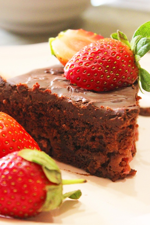 chocolate strawberry cake 9
