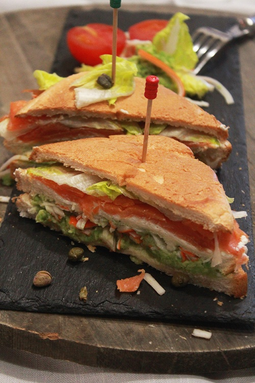 smoked salmon & crab sandwich |marmite et ponpon