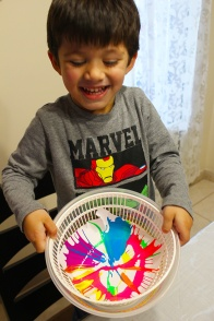 spin art|marmite et ponpon