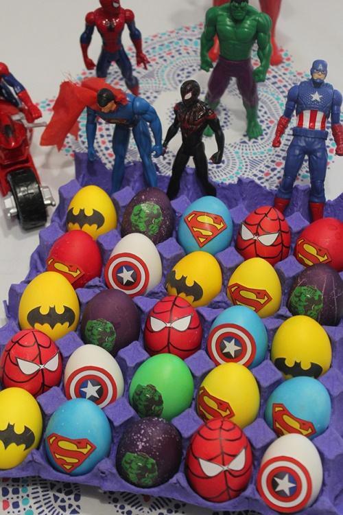 superheroes Easter eggs | marmite & ponpon