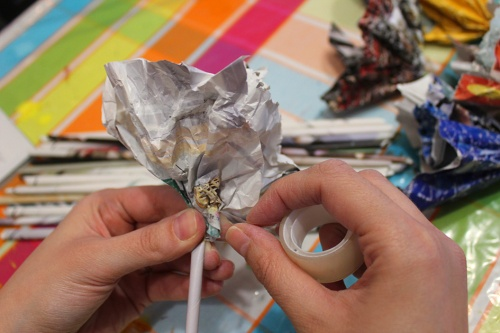 18-Magazine flowers & food jar vase - recycling craft|marmite et ponpon