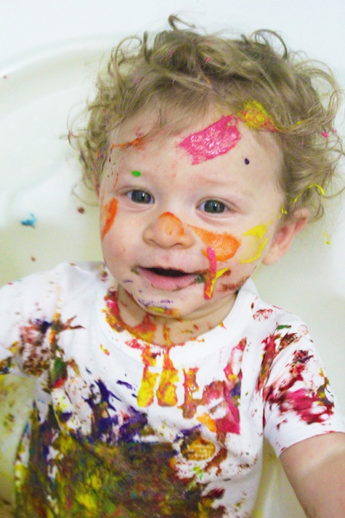 finger paint-sensory play|marmite et ponpon