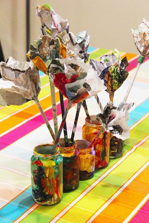 Magazine flowers & food jar vase - recycling craft |marmite et ponpon