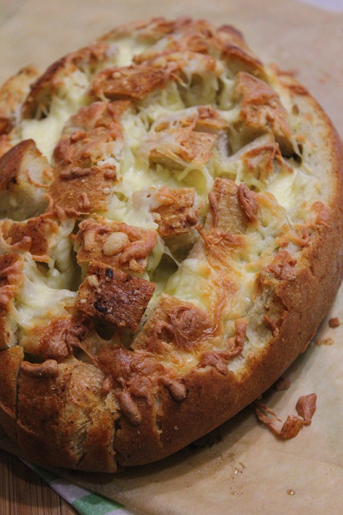 cheesy pull apart bread| marmite et ponpon