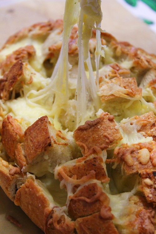 cheesy pull apart bread|marmite et ponpon
