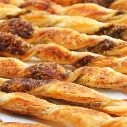 zaatar(thyme) and cheese straws|marmite et ponpon