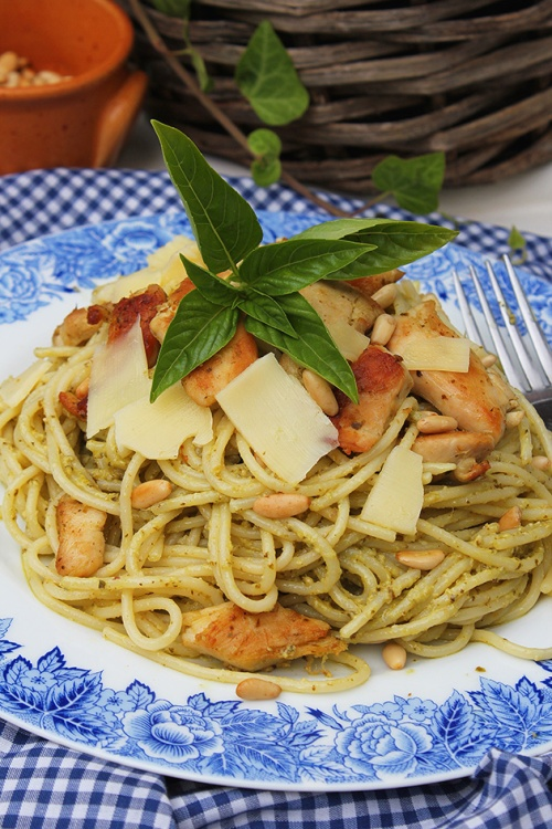 chicken pesto with spaghetti| marmite et ponpon