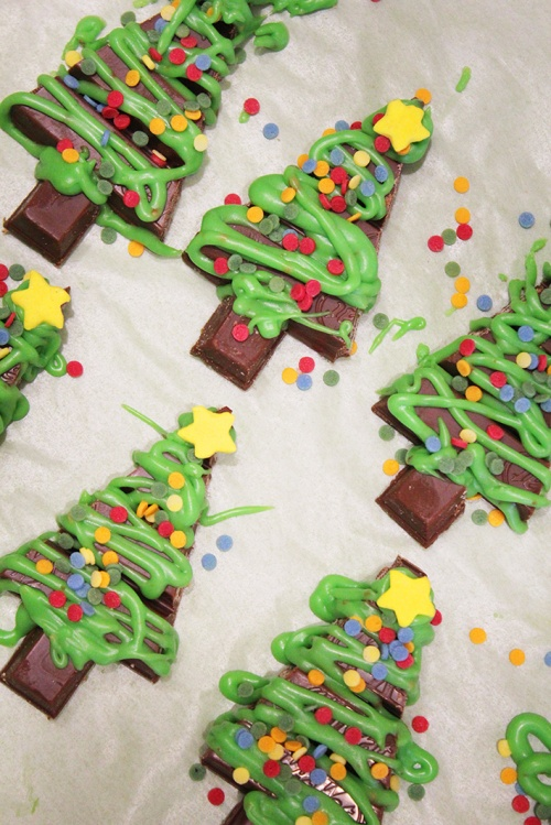 2-kit-kat-christmas-tree-tmarmite-et-ponpon