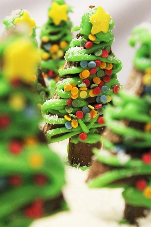6-kit-kat-christmas-tree-t-marmite-et-ponpon
