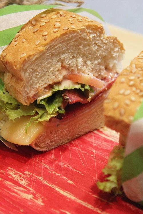 italian-sub-sandwich-marmite-et-ponpon
