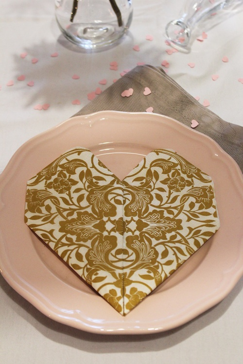 napkin-folding-heartmarmite-et-ponpon