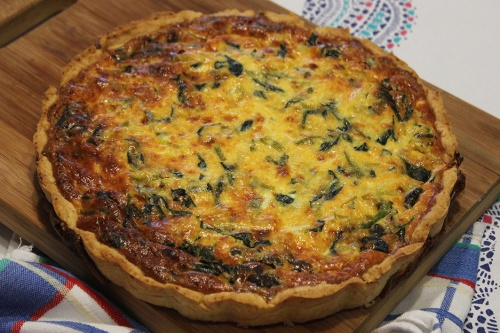spinach-leek-and-cheddar-cheese-quichemarmite-et-ponpon