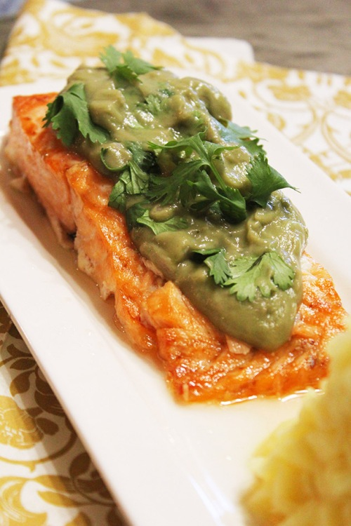 baked salmon with avocado salsa