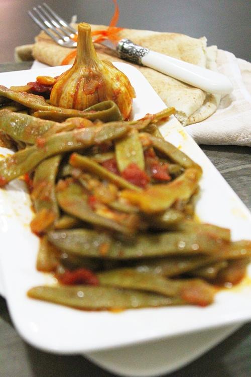 loubyeh bi zeit – vegan flat green beans