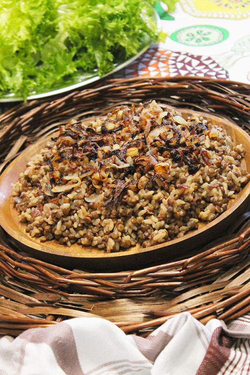Mdardara – vegan lebanese lentil and rice pilaf