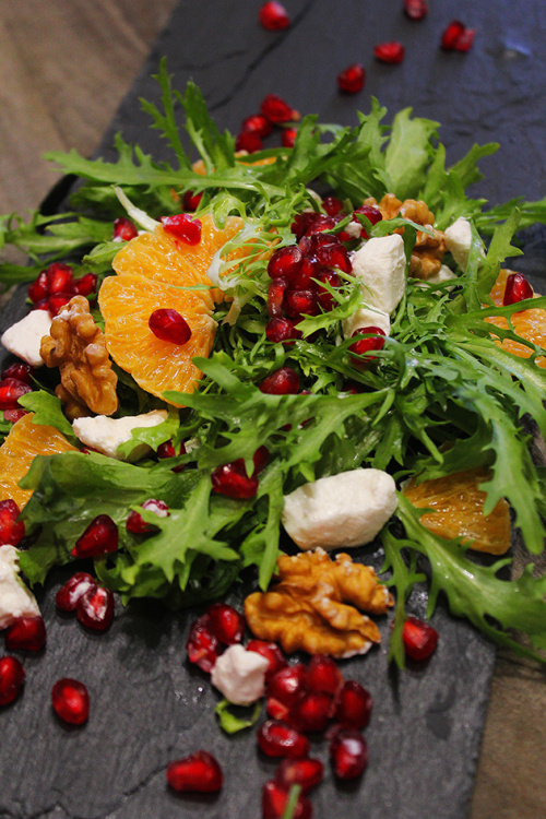 Pomegranate and mandarin feta salad