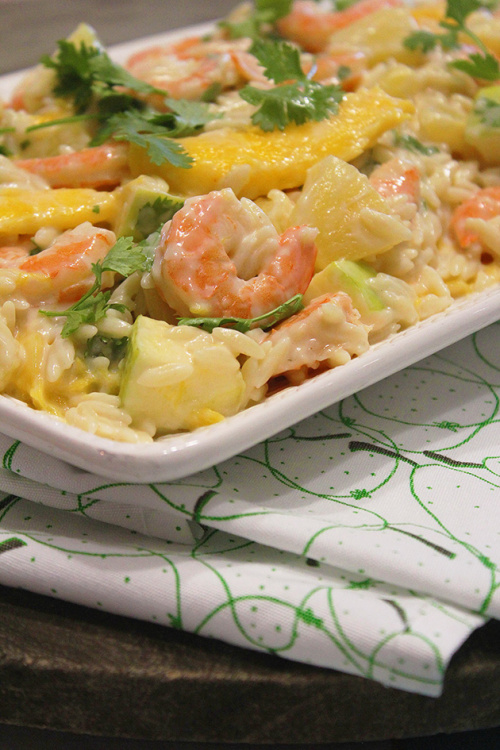 Shrimp orzo salad with tropical fruits