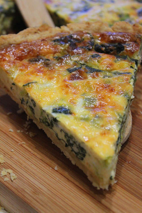 Spinach, leek and cheddar cheese quiche