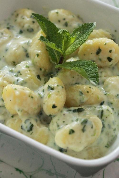 creamy spinach gnocchi |marmite et ponpon